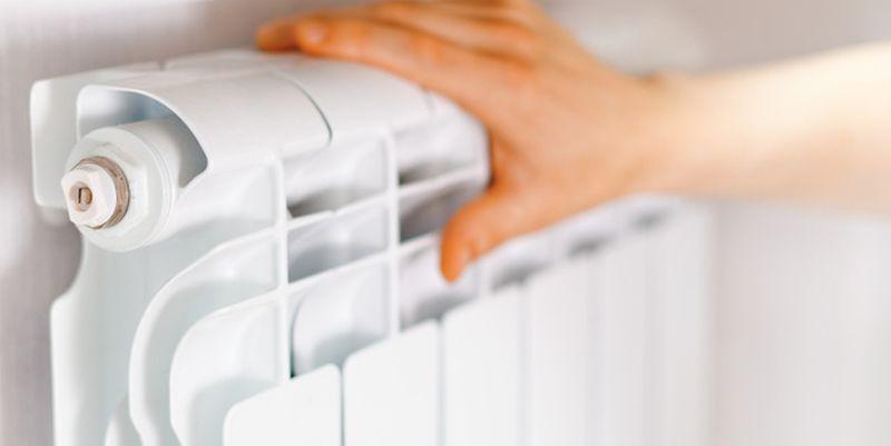 Наотсутствие тепла вквартирах омичи могут пожаловаться вМинстрой