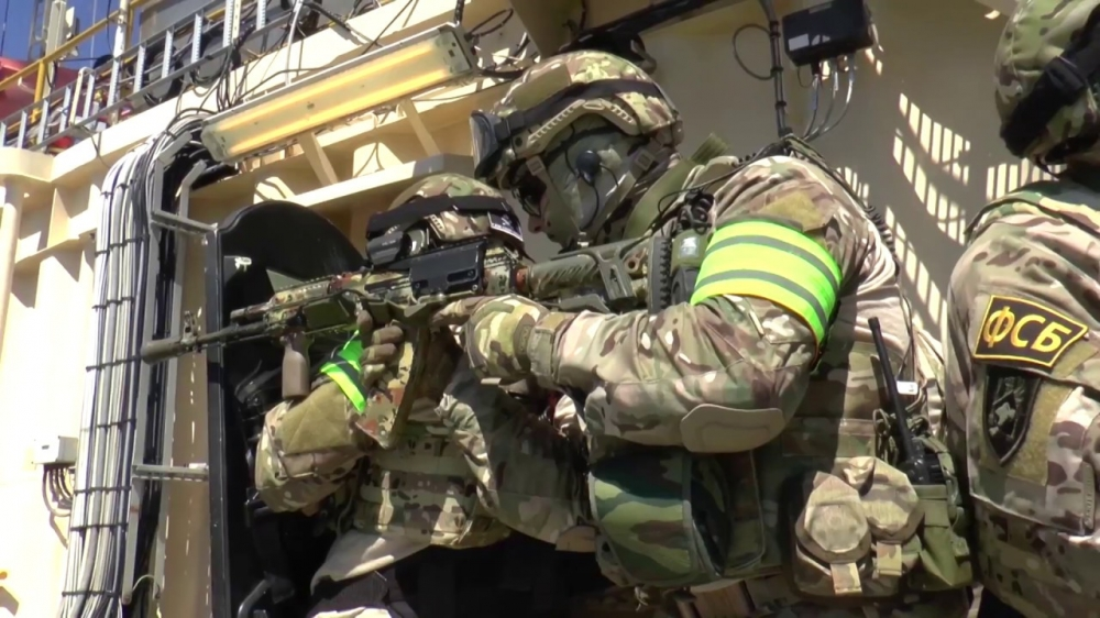 Под Омском обезвредили условных террористов, «захвативших» автобус