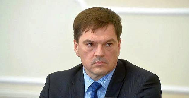 Заместителям главы города Омска выдали расчет итрудовые книжки