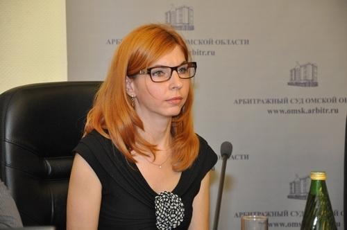Руководитель омского арбитража Сорокина заработала загод 3,5 млн