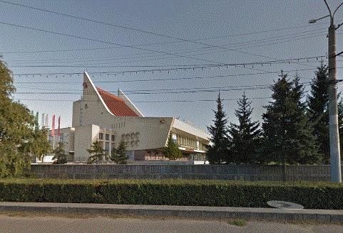 Омский музыкальный театр наказали занеисправные огни для самолетов