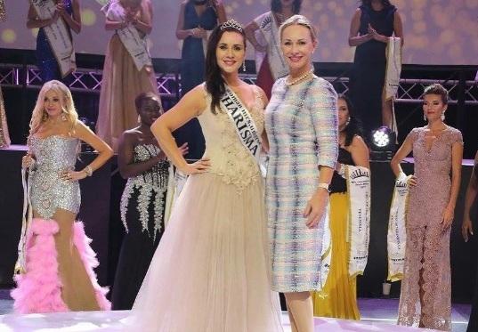 Вконкурсе «Миссис Вселенная» одолела участница изВьетнама