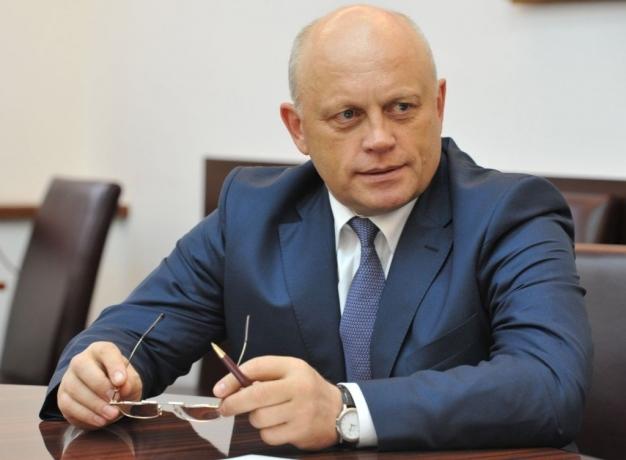 Омский губернатор Назаров полетел нафорум кМедведеву