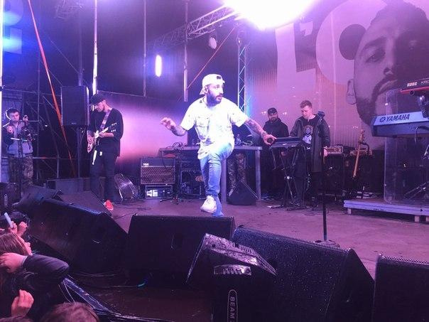 ВОмске поклонники рэпера L'One лишатся алкоголя навремя концерта