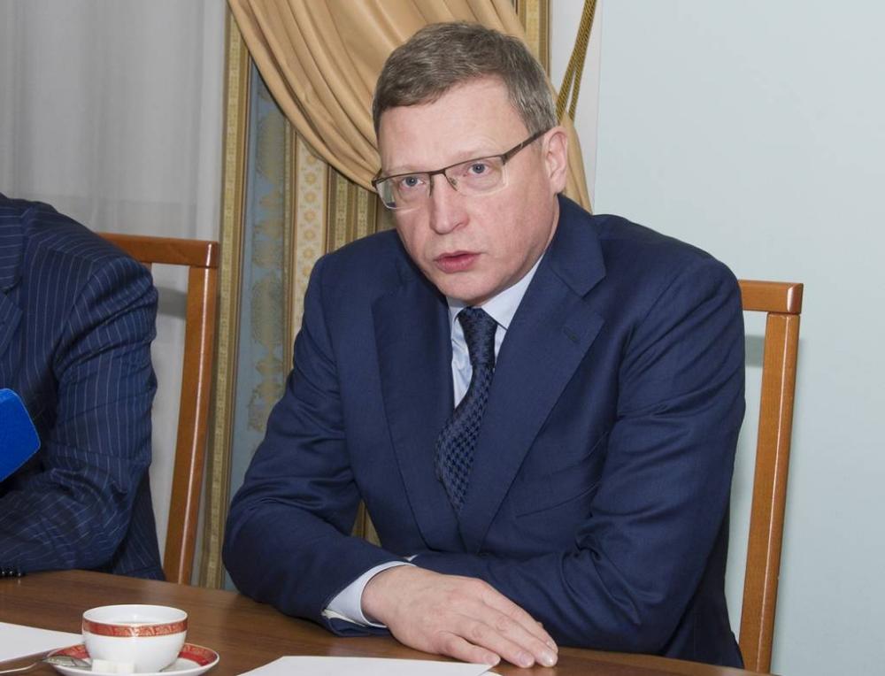 Врио губернатора Омской области поведал осенаторстве Назарова иПолежаеве