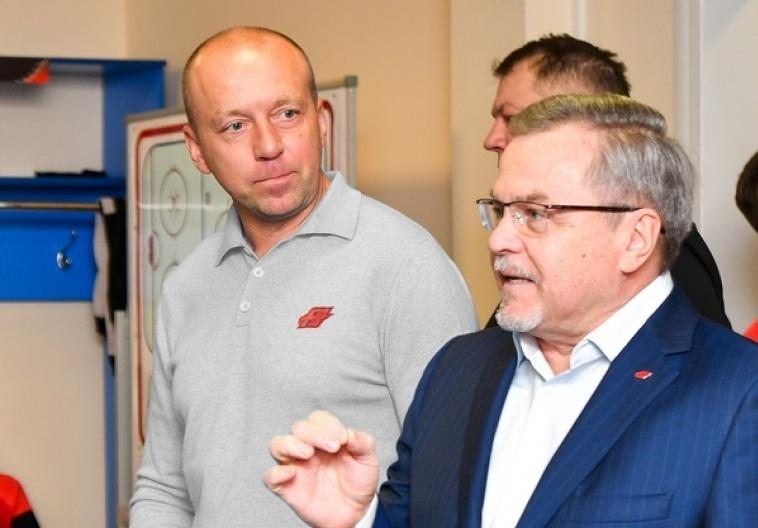 Тренер Герман Титов, возглавивший омский хоккейный клуб «Авангард»