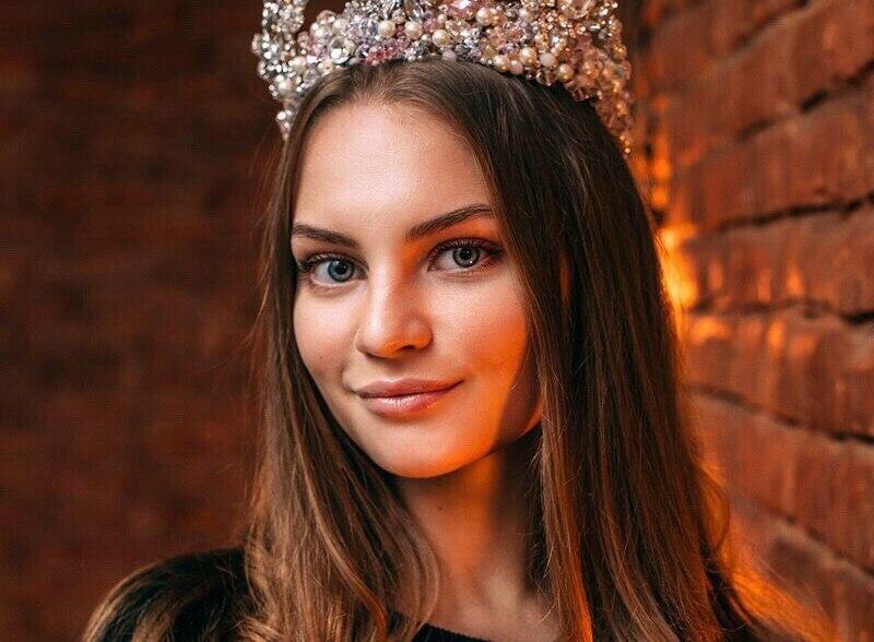 Омичка Ксения Чернявская победила во Всероссийском конкурсе красоты Ты Уникальная