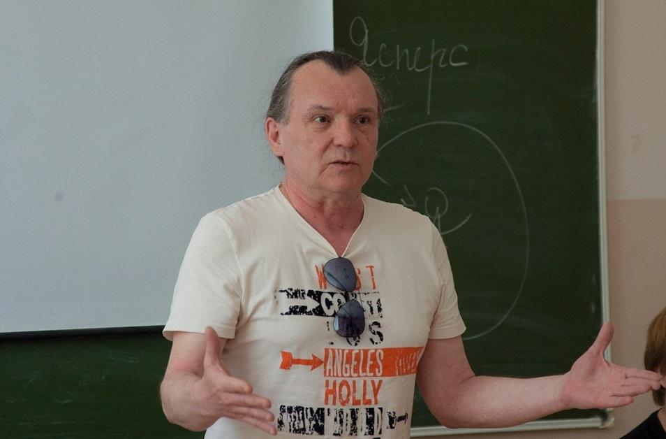 Новосибирский кинорежиссер займется возрождением омского ТЮЗа