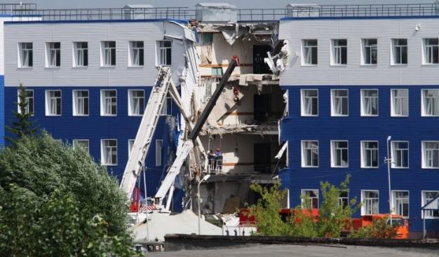 В столице России завершили расследование дела обобрушении казармы вОмске